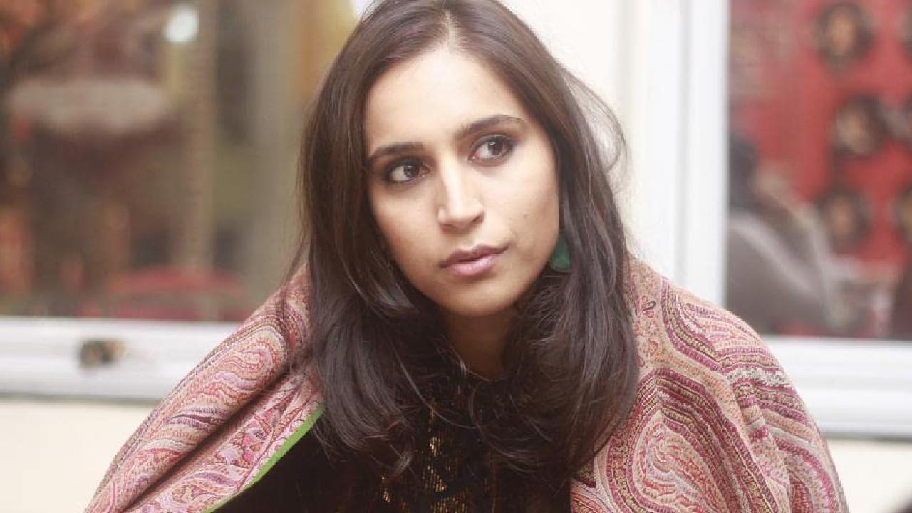 Zoya Hussain Indian Actress Photos, Images, Pics, Wallapaper, Instagram, Facebook